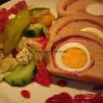 gefülltes Brot mit Schinken und Eiern