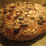 schnelles Körner-Vollkorn-Weizenmehlbrot