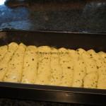 Lieblings-Kraeuter-Knoblauch-Brot