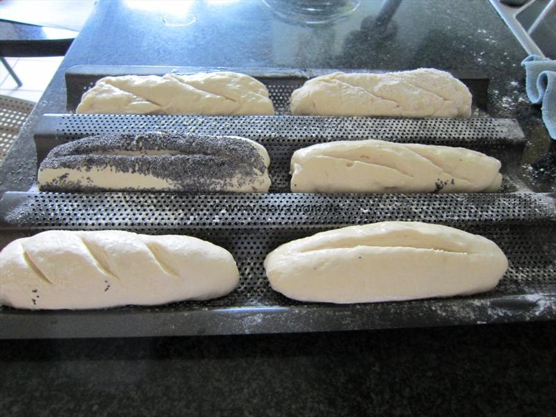 Baguette-Brötchen