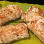 schnelle Hähnchen-Röllchen an Ajvarsauce