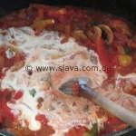 Puszta-Schnitzel an Ajvar-Paprika-Sauce