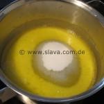 Schneller Butterkuchen mit Mandelkruste und Kirschen