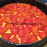 Erdbeer - Käsekuchen mit Baiserhäubchen