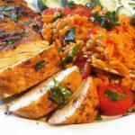 Ofengebackenes Hühnchen und Djuvec-Reis