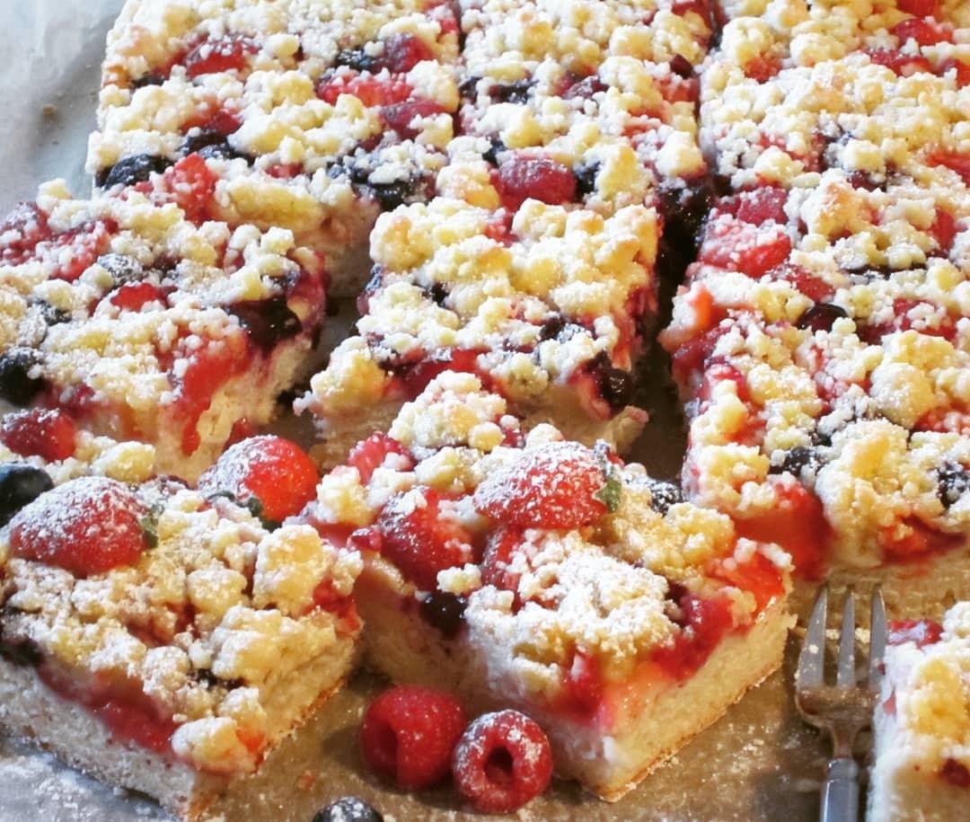 Beerenkuchen Vom Blech Mit Knusperstreuseln Kochen Backen Leicht